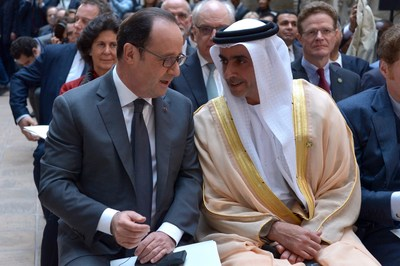 UAE Deputy Prime Minister and Minister of Interior H.H. Sheikh Saif bin Zayed Al Nahyan, and French President Francois Hollande (PRNewsFoto/ALIPH)