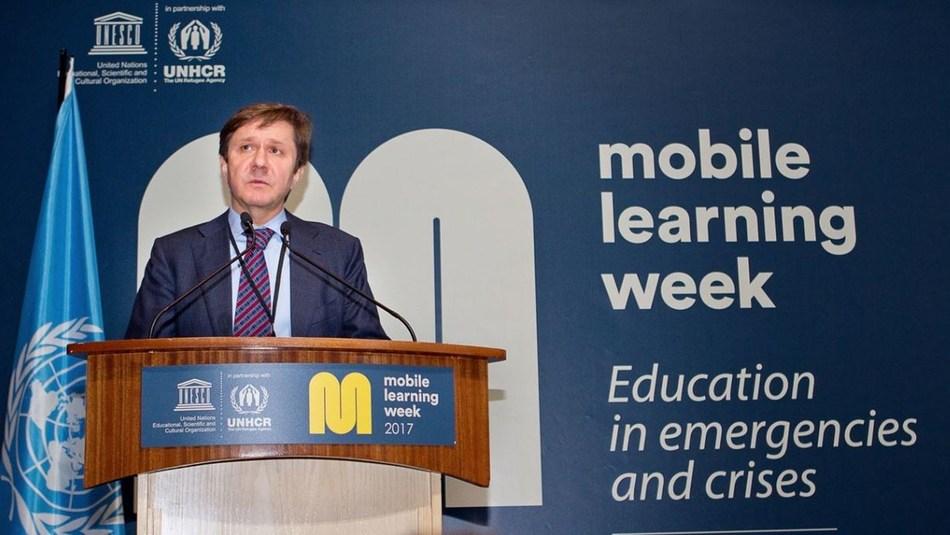 V. Uzun, the President of Prosveshcheniye in the Mobile Learning Week held at UNESCO Headquarters in Paris (PRNewsFoto/Prosveshcheniye Holding)