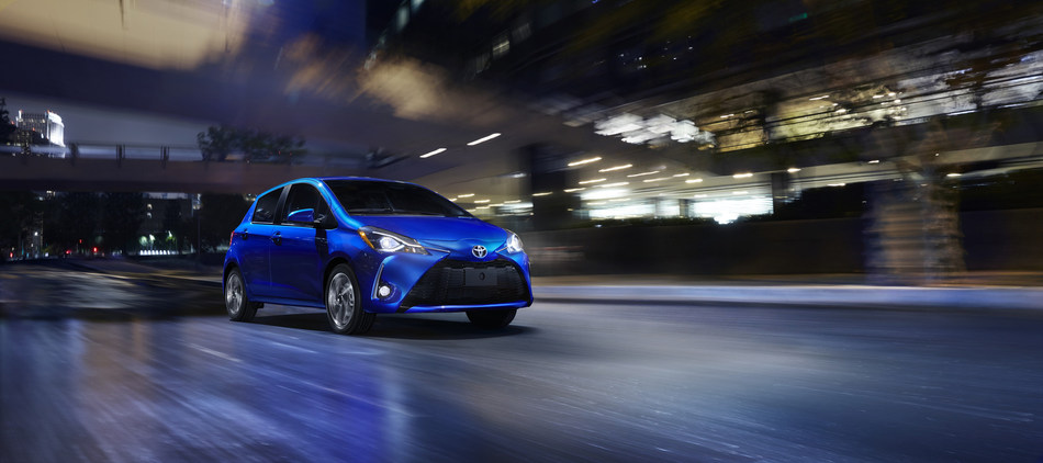 Large and small.  Swagger and sportiness.  That is what Toyota will be rolling into their display at the 2017 New York International Auto Show (NYIAS) next month with the debut of two freshened models, the 2018 Sienna van and subcompact Yaris hatchback.