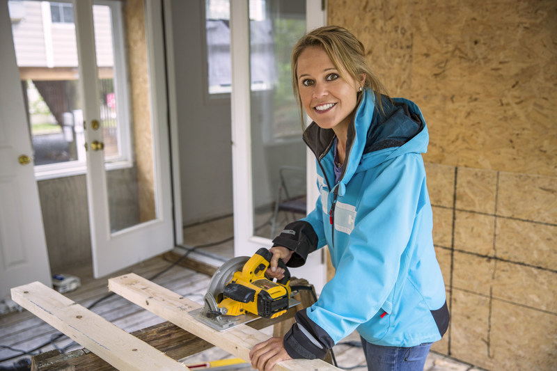 Marnie Oursler as seen on DIY Network's Big Beach Builds