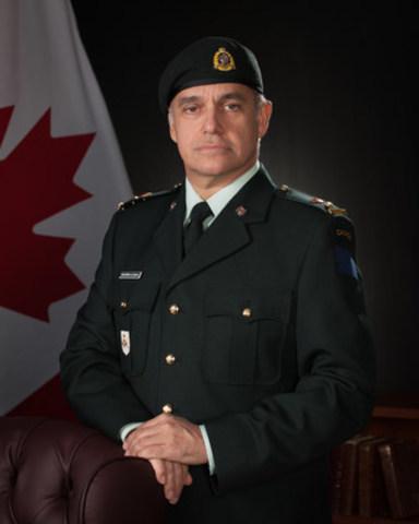 Yves Desjardins-Siciliano, President and CEO of VIA Rail and Honorary Lieutenant-Colonel of Régiment de Maisonneuve (CNW Group/VIA Rail Canada Inc.)