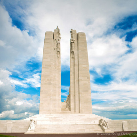 """Le dos est devant"" Designed by renowned Canadian sculptor Walter Seymour Allward in 1921, the Canadian National Vimy Memorial's twin pylons represent Canada and France, and pay tribute to the 3,598 Canadians who died there, as well the 7,000 Canadians that were injured during battle. Photojournalist Racheal McCaig's Je Me Souviens: Vimy 100 exhibition is a personal reflection on a young country coming of age and the emotional echoes of a defining moment in Canadian history. (CNW Group/Racheal McCaig)"