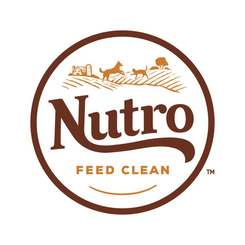 NUTRO. FEED CLEAN(TM) Logo