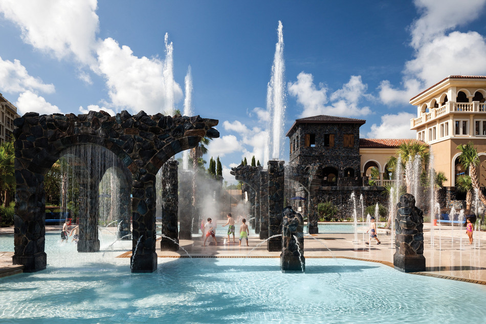 The interactive Splash Zone featuring water canons and water curtains is fun for all ages.