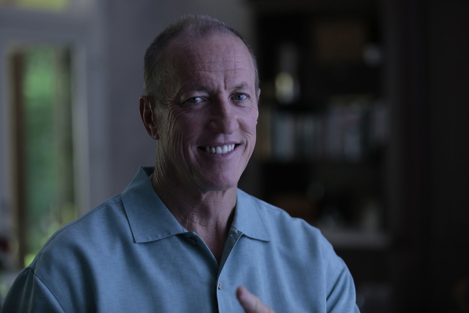 Jim Kelly, NFL Football Hall of Fame and oral cancer survivor, urges others to get a FREE screening during Oral, Head and Neck Cancer Awareness Week, April 2-9, www.headandneck.org.