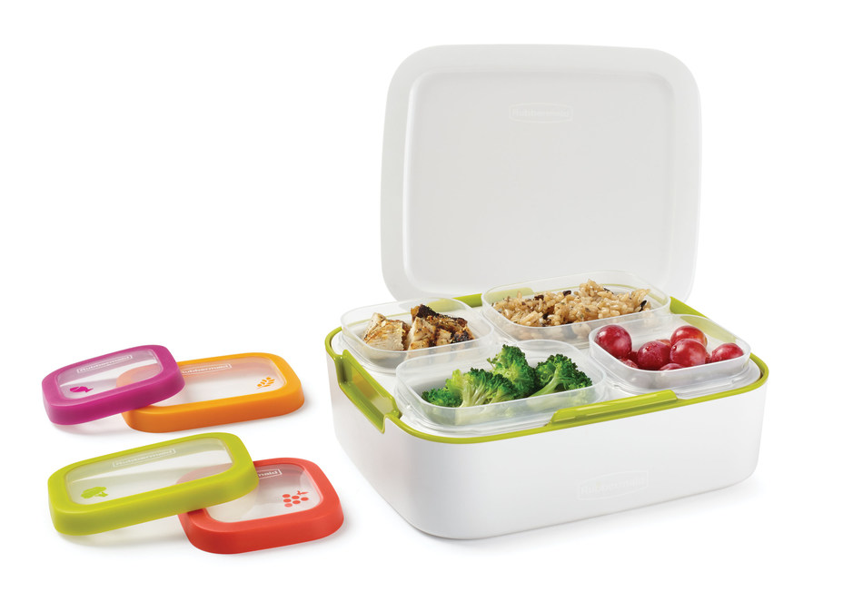 Rubbermaid Balance Meal Kit comes with four pre-portioned containers, eliminating the need to pre-measure your protein, grain, fruit and vegetables.