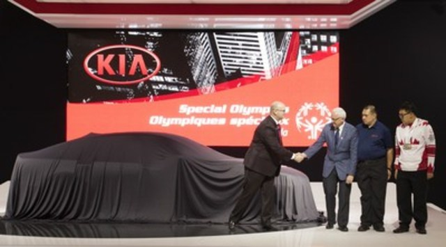 Kia Canada Inc. (KCI) announced today a multi-year pledge of support as the official national automotive partner of Special Olympics Canada. In addition to financial and vehicle support, Kia employees will be given time to volunteer at various activities across the country to help the more than 20,000 current volunteers enrich the lives of Canadians living with an intellectual disability. (CNW Group/KIA Canada Inc.)