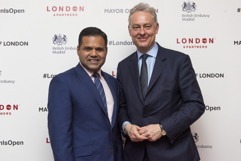 Deputy Mayor of London for Business Rajesh Agrawal and The British Ambassador to Spain, Mr Simon J Manley, at the #LondonIsOpen business leaders' event in Madrid (PRNewsFoto/London & Partners)