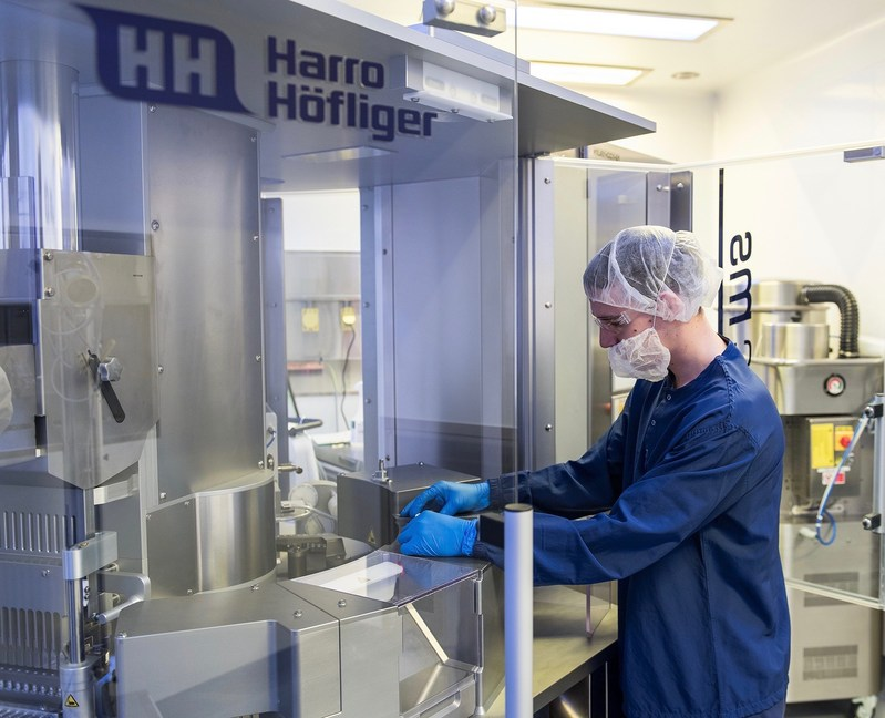 Installation of the new Harro Hofliger Modu-C MS encapsulation unit at Capsugel's Bend, Ore. facility is part of its long-term effort to bring particle engineering, spray drying processing capabilities and encapsulation expertise to pulmonary drug delivery and growing DPI applications.