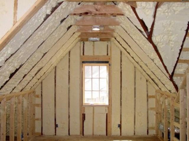 Icynene open cell spray foam applied by a licensed Icynene spray foam contractor into an attic roof deck (CNW Group/Icynene Corp.)