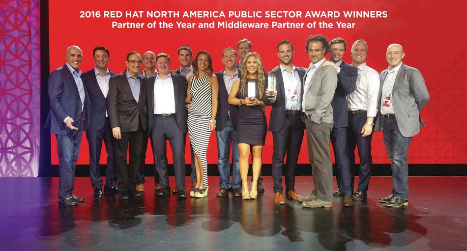 Emergent and Red Hat group shot after the 2016 Red Hat North America Partner Awards Dinner (3/28/17).