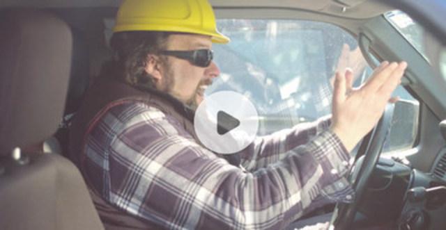 Nouvelle assurance anticongestion! - CAA-Québec dévoile LA solution contre les bouchons de circulation! (Groupe CNW/CAA-Québec)