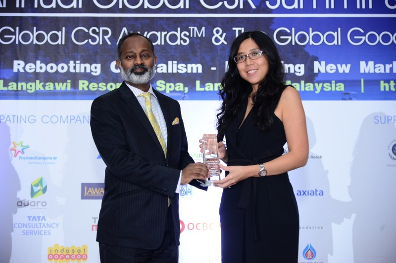 FrieslandCampina Consumer Products Asia won the CSR Leadership Award at the 9th Annual Global CSR Awards 2017.