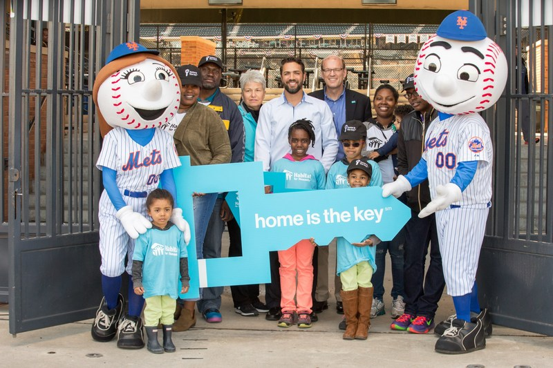 Habitat for Humanity International CEO Jonathan Reckford, NY Mets studio analyst Nelson Figueroa and Mr. and Mrs. Met helped unlock the Mets' ballpark for the 2017 season to raise awareness and support of the critical need for affordable housing. Habitat's first nationwide campaign, Home is the Key, officially launches April 3, Opening Day for the New York Mets, and runs all month long, gathering sponsors, celebrities and community leaders for activities and build events across the country.
