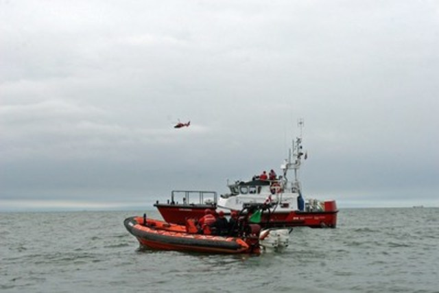 Canadian Coast Guard Seasonal Search and Rescue Lifeboat Stations on the Great Lakes will reopen in April. (CNW Group/Fisheries and Oceans Central & Arctic Region)