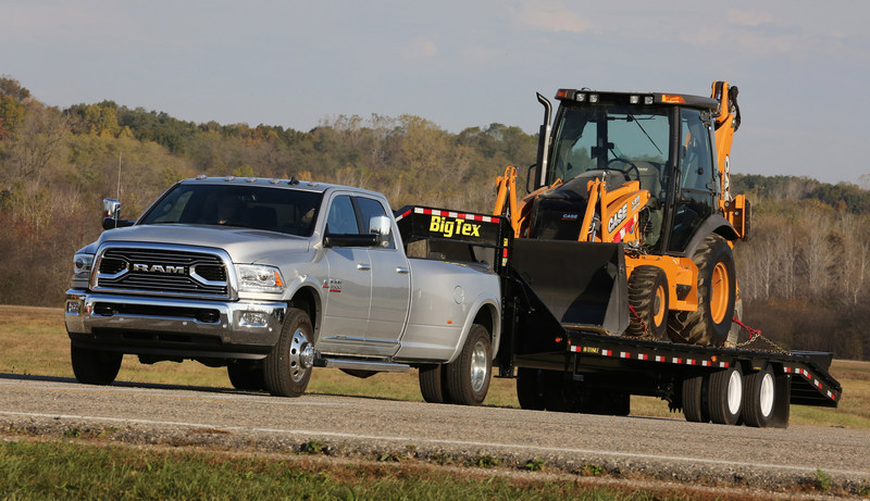 King of the Hill - 2017 Ram Heavy Duty Wins Gold Hitch Award from The Fast Lane Truck