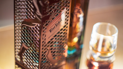 The Johnnie Walker Blue Label Capsule Series by Tom Dixon is available to buy from October, making it the perfect, rare and luxurious gift to give to discerning whisky lovers during the festive season (PRNewsFoto/Johnnie Walker)