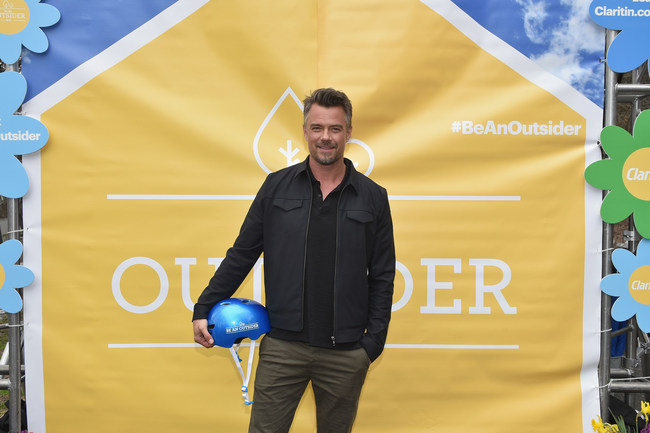 """Josh Duhamel Partners with Claritin(R) and Boys & Girls Clubs of America to Launch the """"Be An Outsider"""" campaign."""