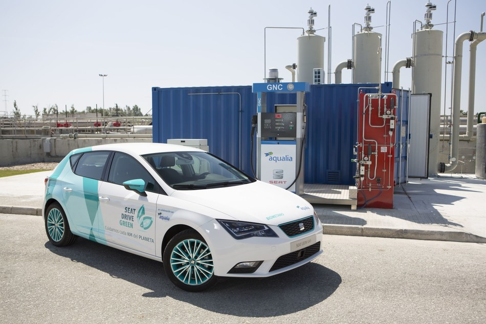 SEAT and Aqualia create the first 100% Spanish alternative fuel from waste water (PRNewsfoto/SEAT)