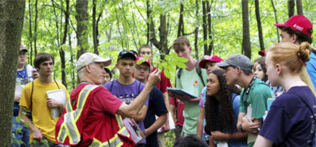 Throughout April, more than 700 Ontario high school students will participate in 2017 Ontario Envirothon Regional Competitions. Students will participate in interactive field trips to forests, parks, woodlots, and conservation areas. On-site workshops—led by professionals in forestry, resource management, natural sciences, and conservation--will focus on the science and sustainable management of soils, wildlife, forests and aquatic ecosystems. (CNW Group/Forests Ontario)
