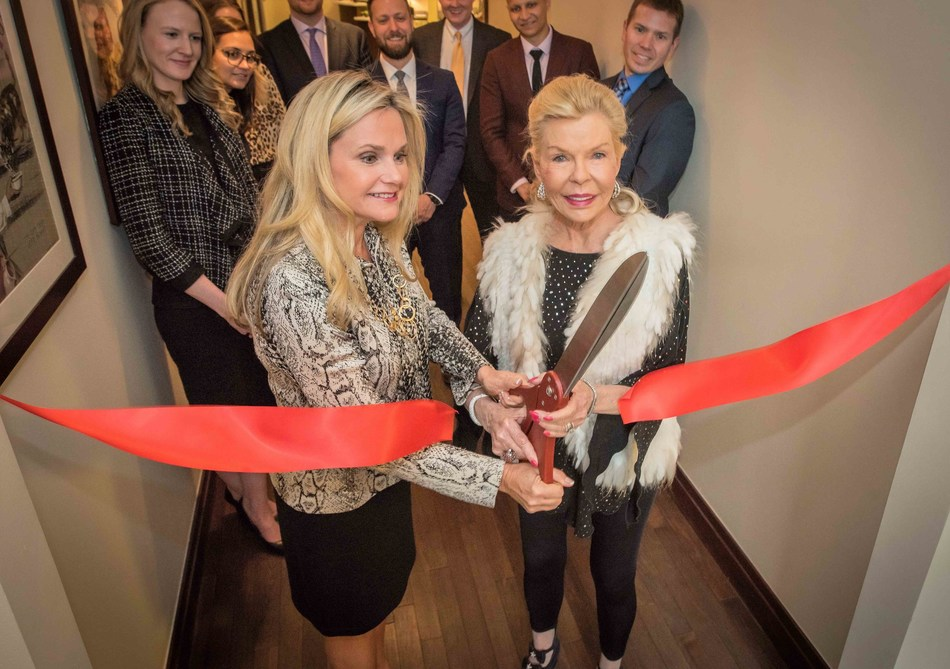 American Humane CEO Dr. Robin Ganzert and internationally renowned philanthropist Lois Pope dedicate the Lois Pope LIFE Center for Military Affairs -- a major new resource for veterans and military animals in Washington, D.C.