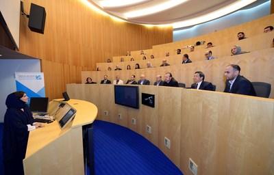 Dr. Amal Al Malki discussing new programs at faculty meeting (PRNewsFoto/Hamad Bin Khalifa University (HB)