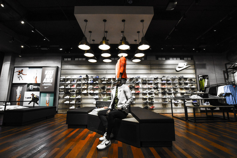 Nike Kicks Lounge at Footaction