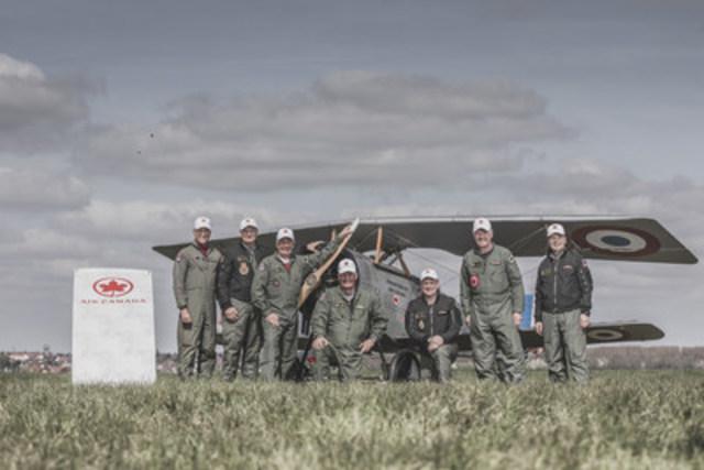 Air Canada soutient fièrement le défilé aérien qui commémore la bataille de la crête de Vimy (Groupe CNW/Air Canada)
