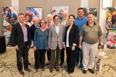 OTTAWA, le 8 avril 2017 – L'énergie et les aspirations du mouvement paralympique canadien étaient en vedettes cet après-midi alors que les sports membres du Comité paralympique canadien ont élu un nouveau conseil d'administration, dont un président, un vice-président et sept directeurs lors de l'assemblée générale annuelle 2017 à Ottawa. Tous serviront des mandats de quatre ans, de 2017 à 2021. Photo: Brittany Gawley / Comité paralympique canadien (Groupe CNW/Comité paralympique canadien (CPC))