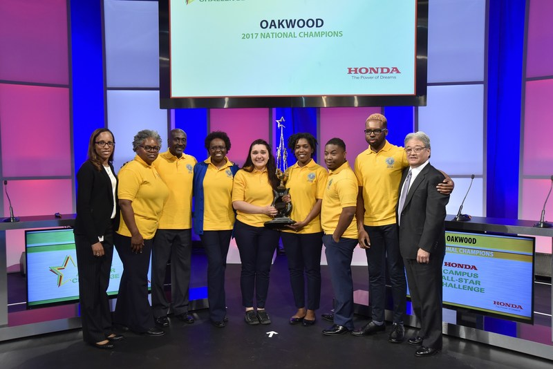 Honda representatives congratulate Oakwood University for winning the 2017 Honda Campus All-Star Challenge National Championship Tournament.