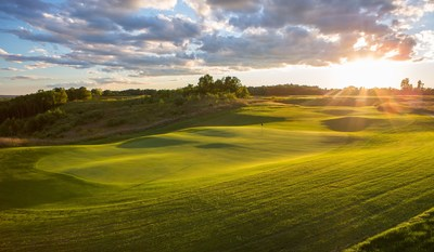 Stoatin Brae is the sixth golf course at Gull Lake View Golf Club and Resort in Augusta. Third-generation owner Jon Scott worked with Renaissance Golf Design architects to create a championship-caliber, 18-hole, par-71 golf course that stretches more than 6,800 yards.