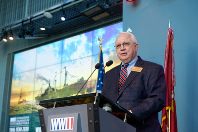 """Dr. Gordon H. """"Nick"""" Mueller addresses the crowd at the National WWII Museum's International Conference on World War II."""