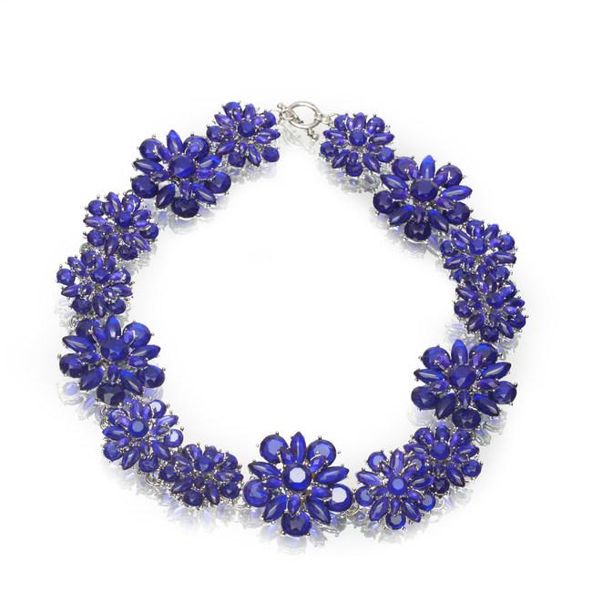 Artistic Falls Purple Flower Necklace