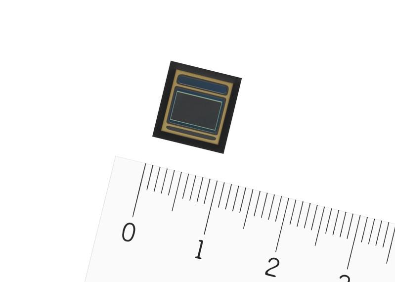 IMX390CQV CMOS image sensor for automotive cameras (PRNewsfoto/Sony)