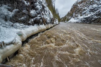 Restez à l'écart des barrages pour votre sécurité pendant cette fin de semaine de Pâques (Groupe CNW/Ontario Power Generation Inc.)