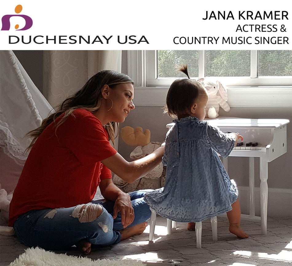 Duchesnay USA partners with Actress & Music Country Singer Jana Kramer to Raise Awareness about a Safe and Effective Morning Sickness Treatment (CNW Group/Duchesnay USA)