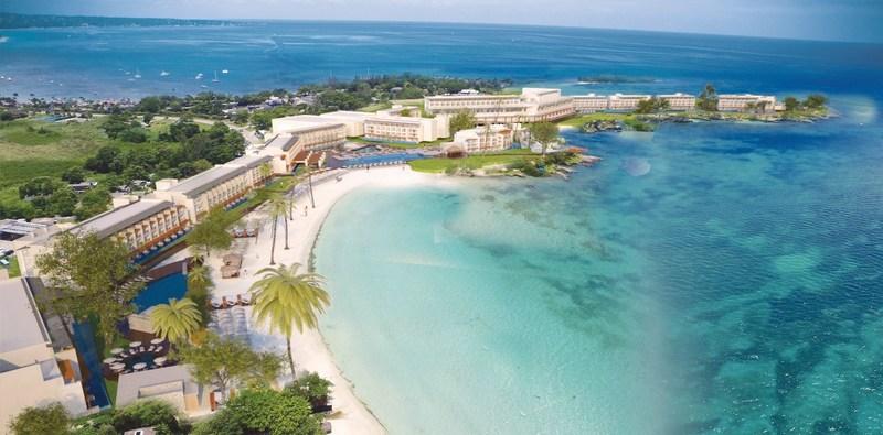 Royalton Negril Resort & Spa (CNW Group/Sunwing Vacations Inc.)