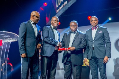 2017 CEO Awards 4: l-r: CEO, UBA Francophone Africa, Mr. Emeke Iweriebor; Executive Director, Lagos and West, Mr Ayo Liadi ; Award Winner and MD/CEO, UBA Cameroun, Mr. Isong Udom; and CEO, UBA Anglophone Africa, Mr. Oliver Alawuba; at the Annual  UBA CEO Awards which was held in Lagos at the weekend (PRNewsfoto/United Bank for Africa (UBA))
