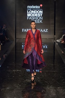 This stunning three-quarter jacket by British designer Farrah Naaz caught the eye at Modanisa London Modest Fashion Week