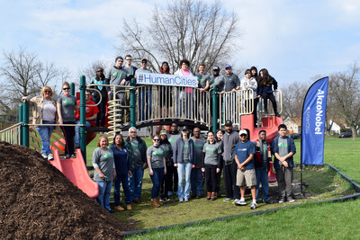 More than 130 volunteers from AkzoNobel, Leaders of the Future and all over Oakland County came together for Perfect the Parks in Pontiac, MI on Saturday, April 15. The group cleaned and fixed equipment at Aaron Perry, Murphy, Rotary and Cherrylawn Parks.