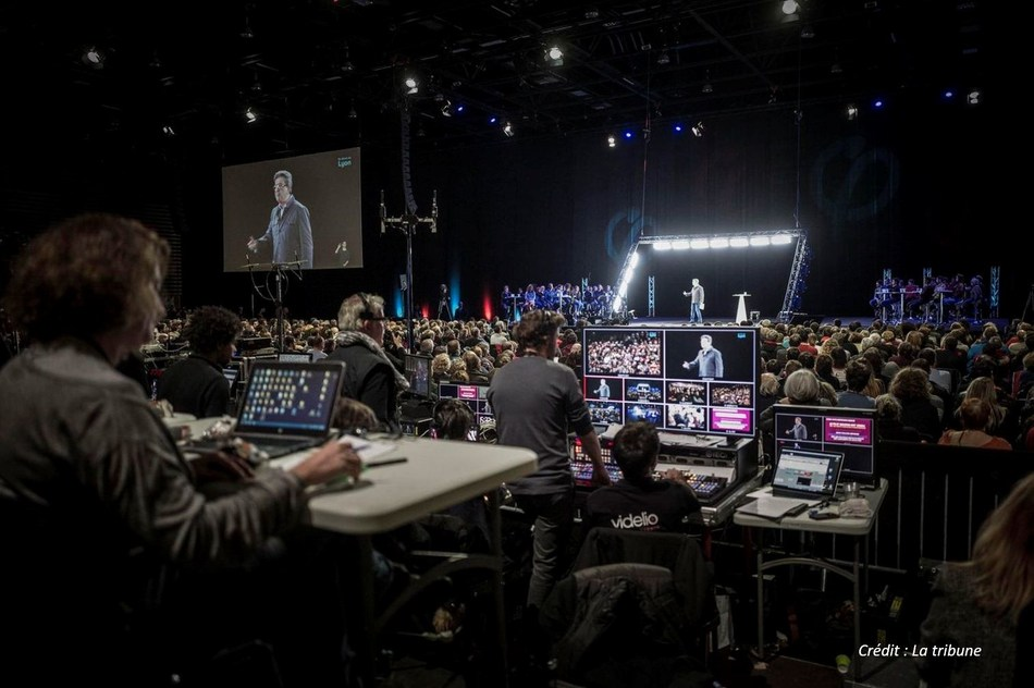 Jean-Luc Melenchon on Musion's Holographic Filming Stage delivering his address simultaneously across 7 locations. (PRNewsfoto/Musion Events Limited)