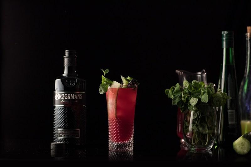 Brockmans Gin Berry Tea Cocktail