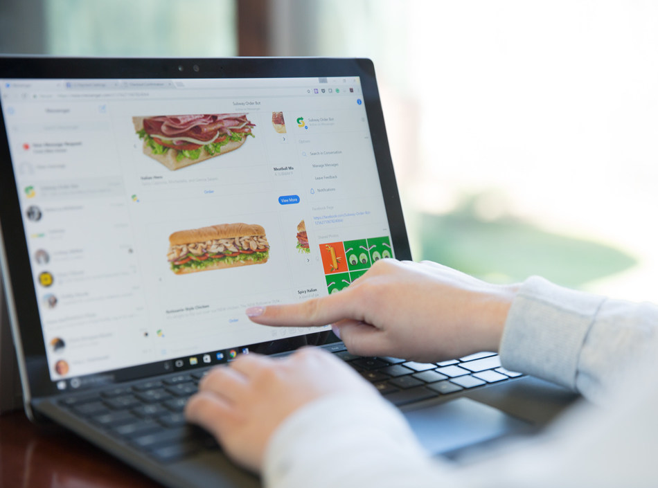 A guest ordering with the new Subway® restaurants bot for Facebook Messenger.