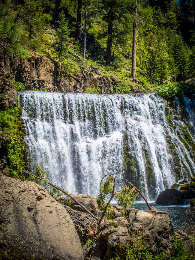 Three days is ample time to experience 11 of the dozens of waterfalls close in proximity to Redding.
