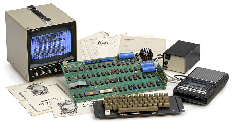 "Sensationally rare ""Apple-1"" computer, 1976.  At auction on 20 May 2017 at Breker.com (PRNewsfoto/Auction Team Breker)"