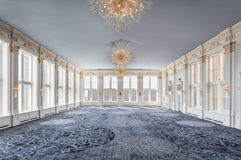 Almost 40 years after its closure, The Omni King Edward Hotel's Crystal Ballroom has been revealed and is set to revive the sparkle in Toronto's social scene (CNW Group/Omni King Edward Hotel)