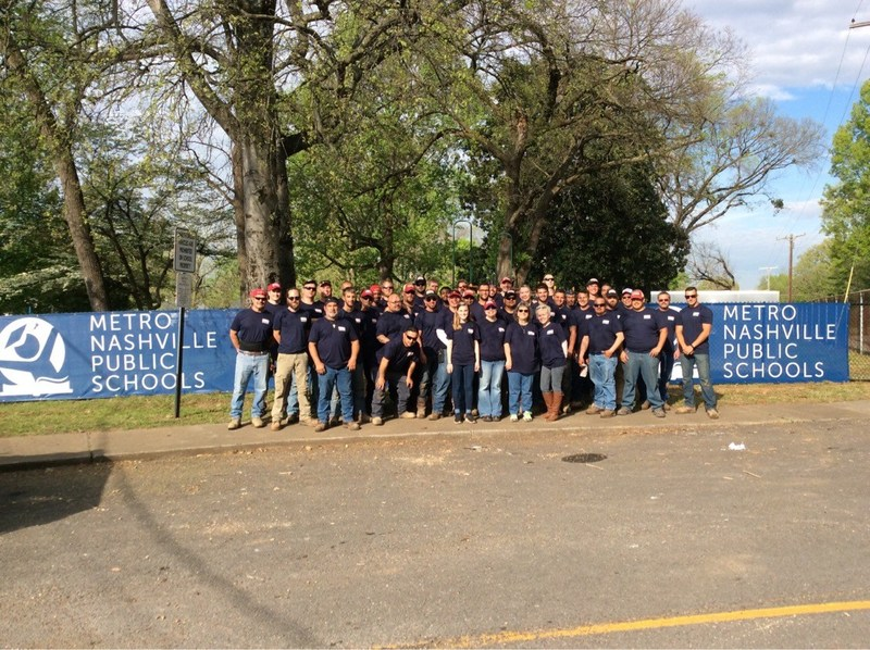 100% of Rio Grande Fence Co. of Nashville employees served at their annual Good Friday Service Project