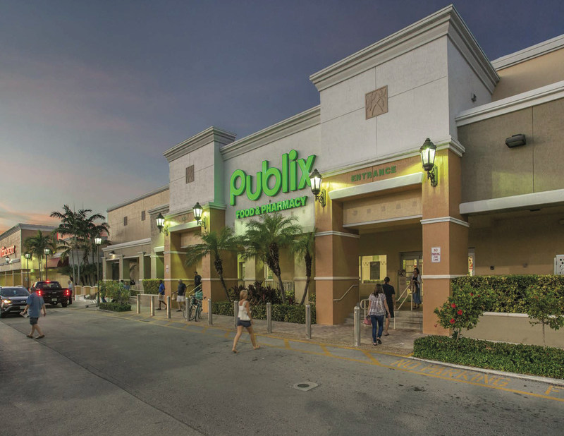 ECHO Realty purchases Pompano Plaza in a joint venture with Publix.  Pompano Plaza, a 126,928 square foot Publix-anchored center is located at the intersection of State Federal Highway (US-1) and E. McNab Road in Pompano Beach, Broward County, Florida.