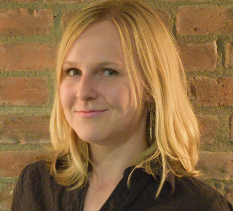 Jennifer Bieman, a multimedia journalist with the St. Thomas Times-Journal, is the winner of the 2017 Greg Clark Award, based on her proposal to explore how the Office of the Ontario Fire Marshall and its counterpart in Alberta, the Office of the Fire Commissioner, conduct investigations. (CNW Group/Canadian Journalism Foundation)