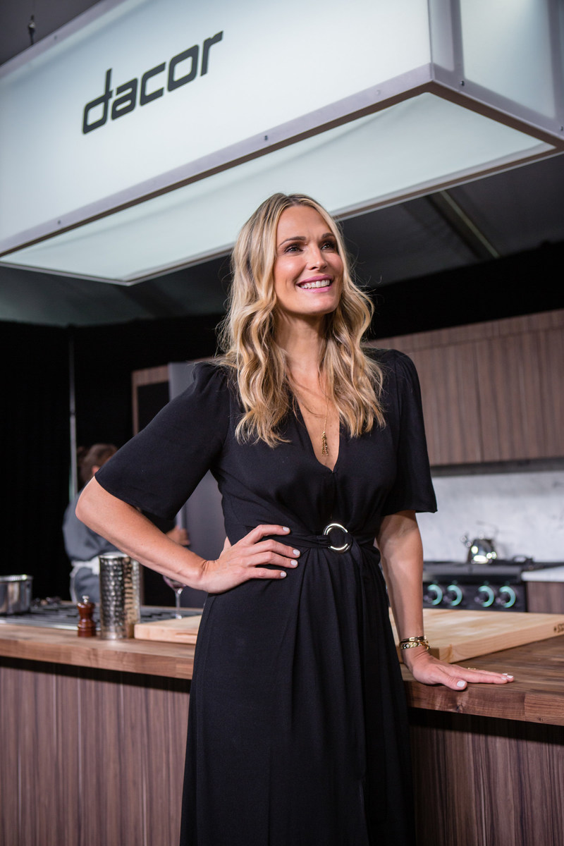 Molly Sims at Dacor Dinnertime Meets Showtime, Pebble Beach Food & Wine